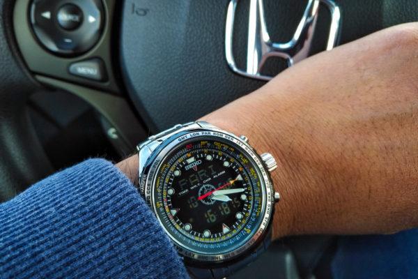 Stylowy zegarek – gadżet dla każdego mężczyzny