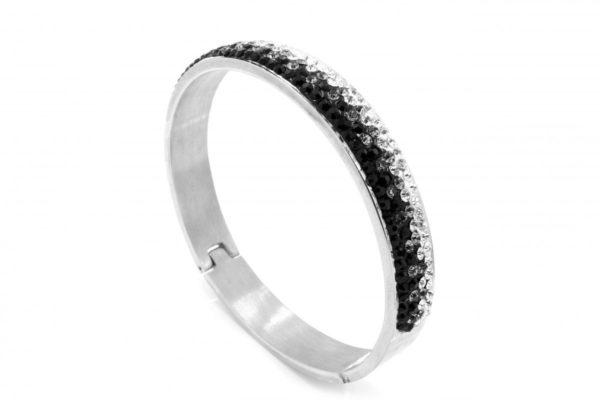 Odpowiedni pierścionek zaręczynowy